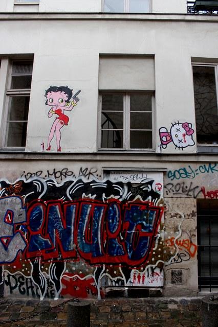 big ben street art-kill kitty 2- Paris 2015