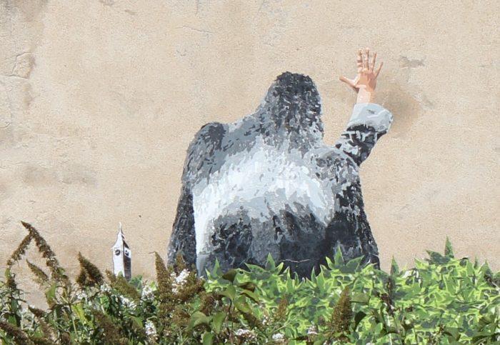 big ben street art - le gorille A 2016