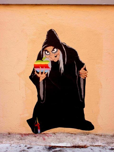 manger des pommes eat apples big ben street art. Black Bedroom Furniture Sets. Home Design Ideas